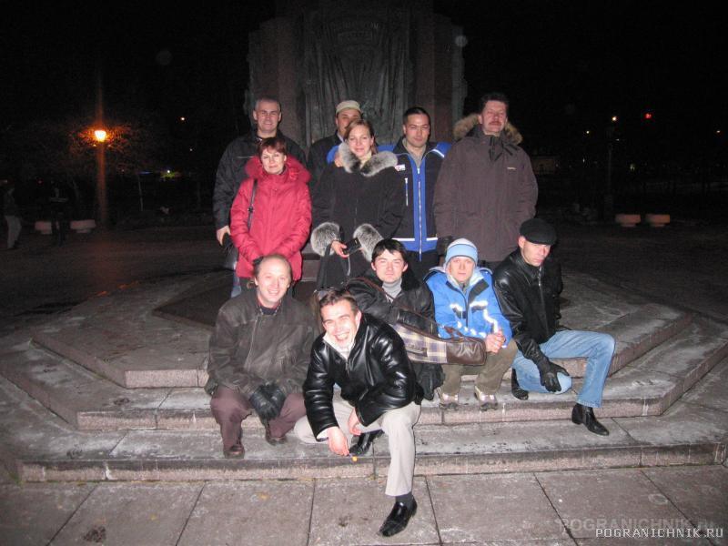 Все пути ведут к памятнику Пограничникам Отечества