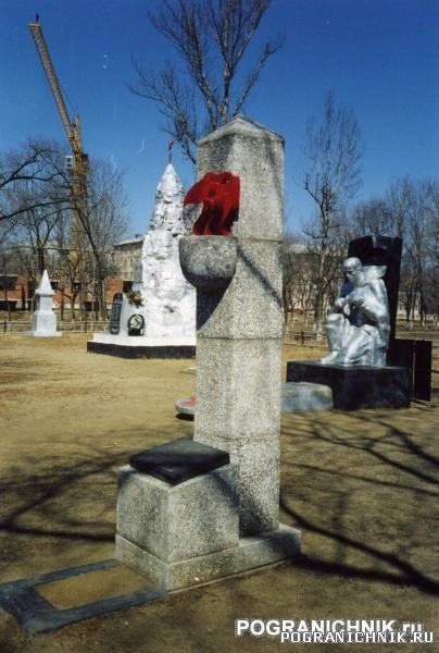 КТПО, памятник Валентину Котельникову