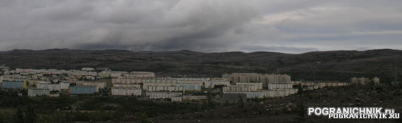 Никель. Панорама поселка.