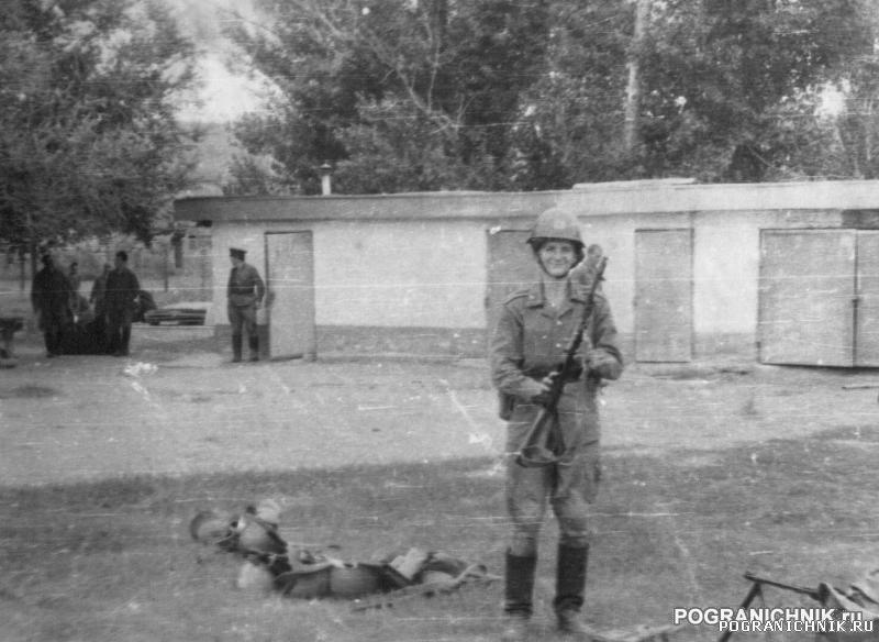 """""""Советская военная угроза"""" (кмб на городке ВИП 198"""