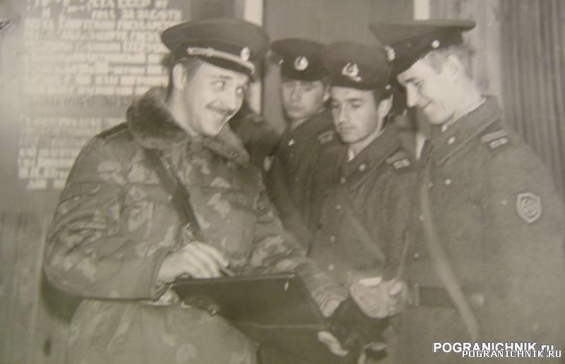 Никель 1884. Занятия сержантов ведет замбой Язов.