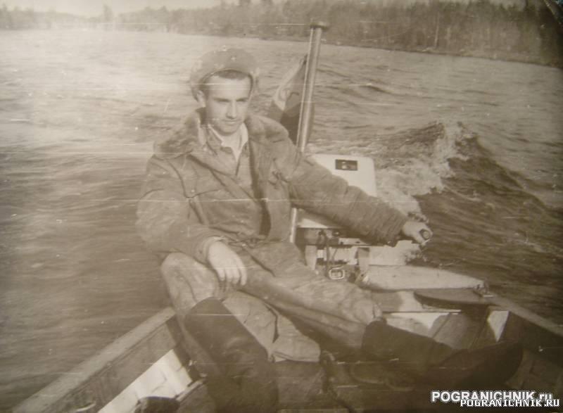 Никель 1984. На рыбалку с нижнего причала. Река Паз.