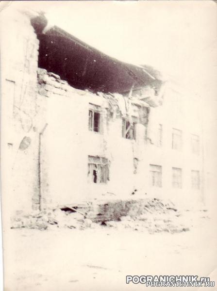Ленинакан, учебный пункт после землетрясения