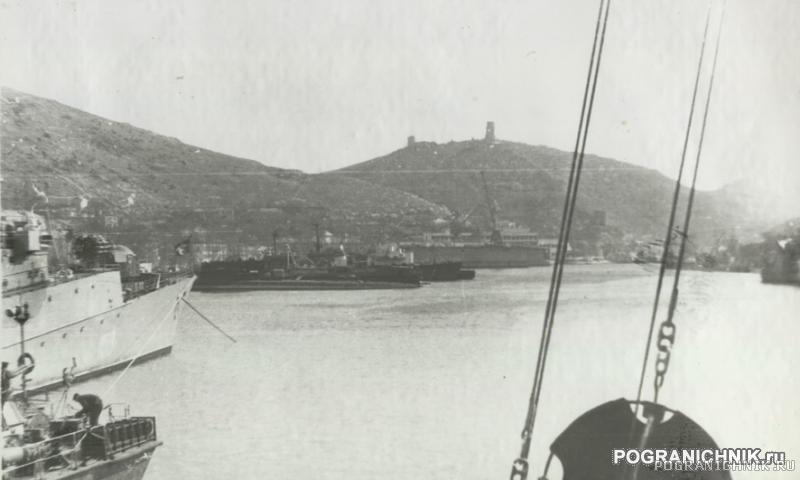 Балаклава с борта ПСКР-720, зашедшего по пути из Ленинграда