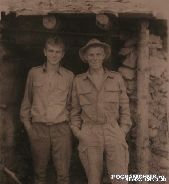 я и Прохор возле блиндажа (муштив, 87)