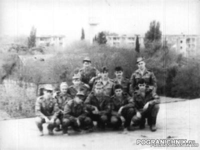 КЗакПО Пришиб 1992г На крыше казармы