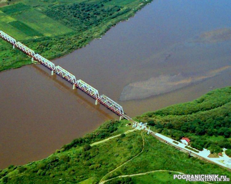 Хасанский пого, мост Дружбы, стык РФ_КНР_КНДР.JPG