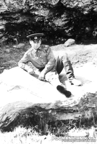 Водитель АТЗ-3,8-53 рядовой Кузнецов