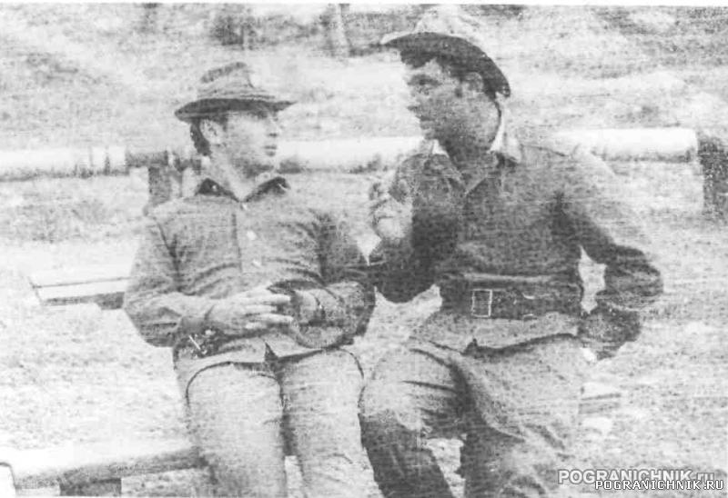 зам-т Золотухин . и п-щик Гензеря  1-ПЗ ДШМГ Московского ПО