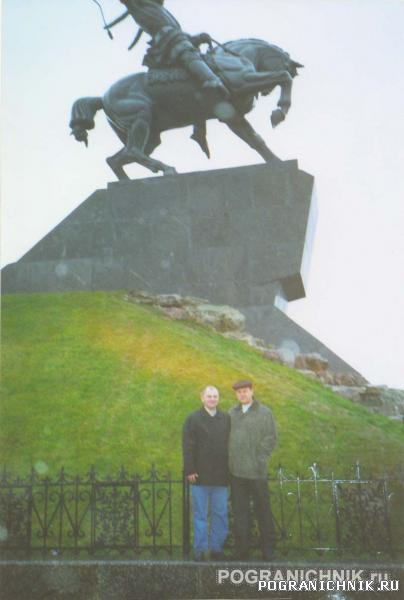 Конь С.Юлаева, А.Мещанинов, Г.Насибуллин. Уфа 6-11-2006.jpg