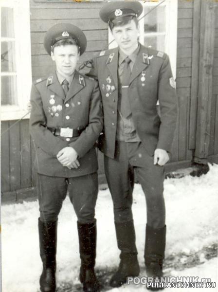 Рядовые Симашкевич и Хило (ДМБ 83).jpg