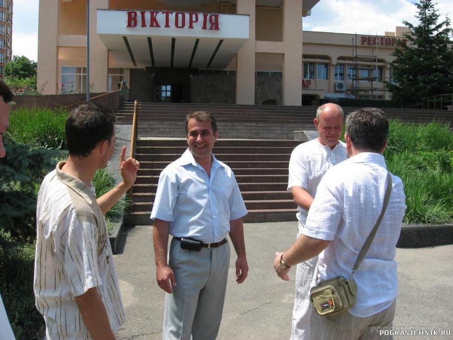 возле гостинницы в Одессе
