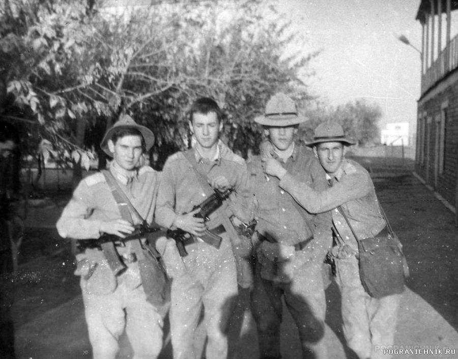 КСАПО пгт Серахс, 1987г.  взвод связи, на стрельбище.
