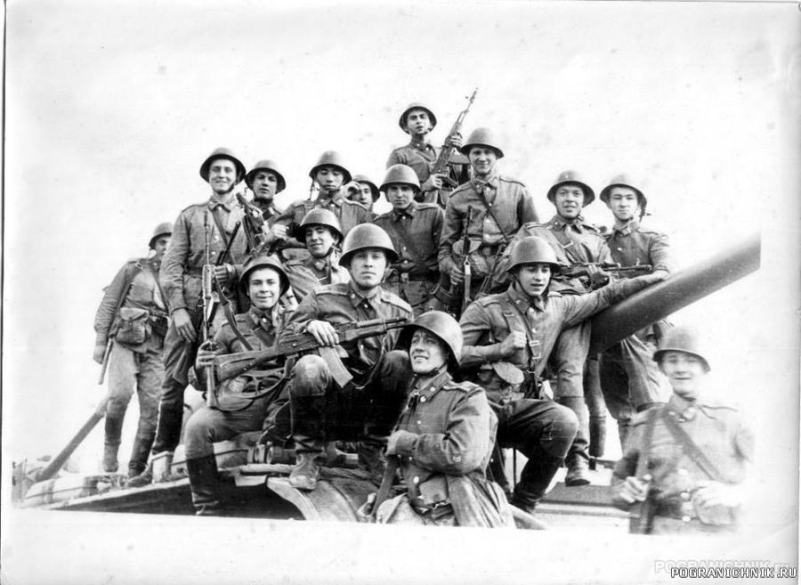 1980-1984, 1 курс, обкатка танками