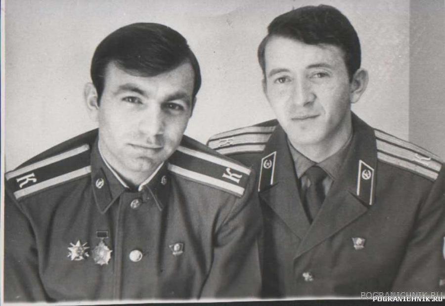 ст-на 19-й гр. Осипчук Миша и я.