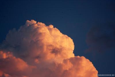 Грозовое облако. Закатное.