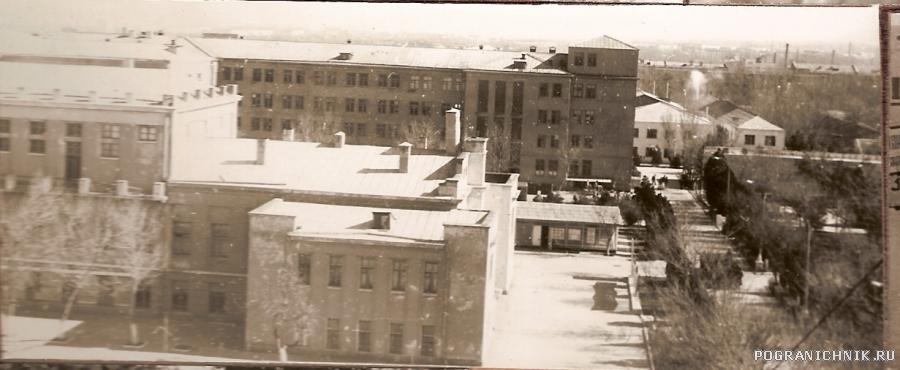 Вид из окна Учебного корпуса 1982 г.