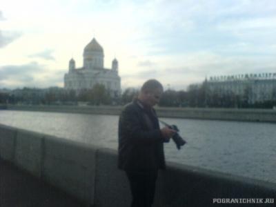 Гоша фотографирует Москву