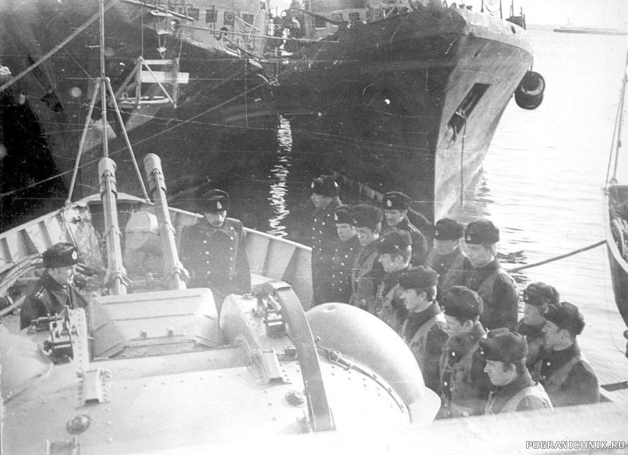Заступить кораблём на охрану...ПСКР-684 1981год