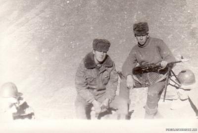 Мы с Левой Посыпкиным, пл.Тарваза январь 1986г.