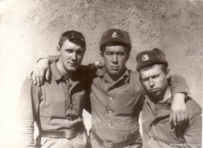 я, Казеев Раис, Женя Жданов. пл. Тарваза Зардевское ущ. 1986
