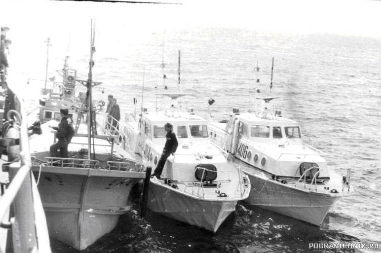 """Шикотанские """"Сайгаки"""" поймали супостата возле остр"""
