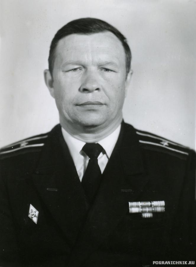 Командир БЧ - 4 СЛ. Р. кап3р Фалилеев