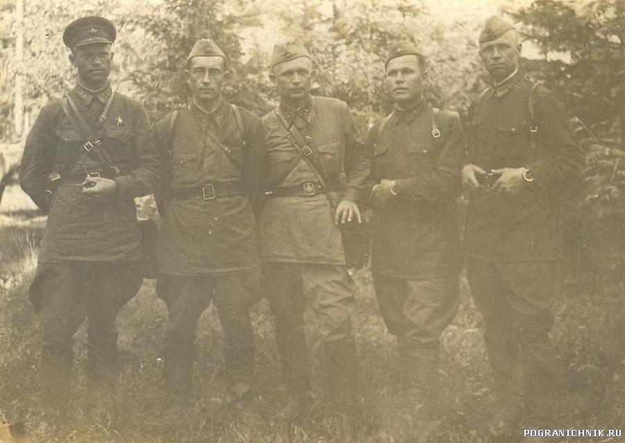 Офицеры войны.