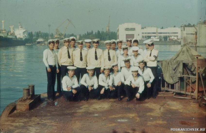 экипаж 702-го 1984г..jpg