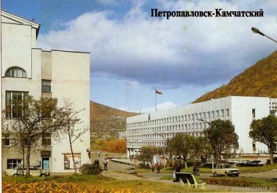 Здание Администрации П-Камчатского