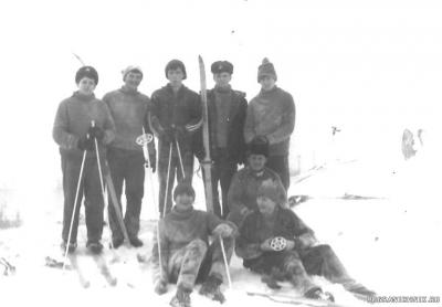 Зима 1987г. Экипаж 452 на лыжал