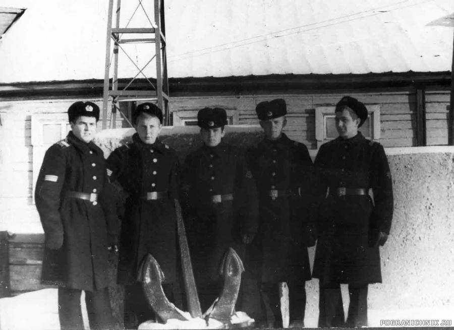 За штабом бригады, зима 1977-78 гг
