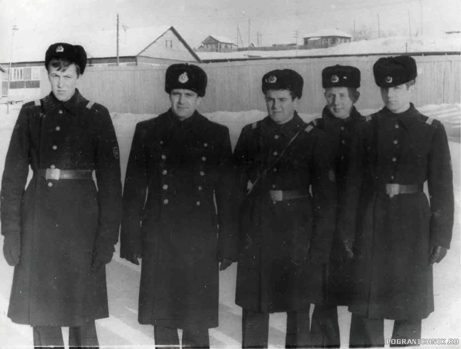 С начальником политотдела бригады, зима 1977-78 гг
