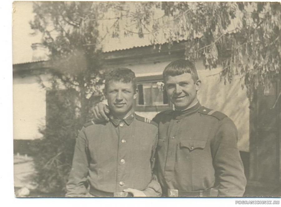 Я, с Колей Постовым, старшиной ШСС.73-74 гг.