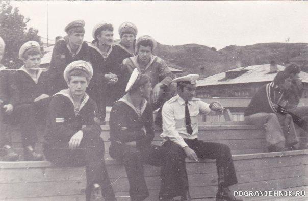 Невельск 1977-1979, рота специалистов на стадионе