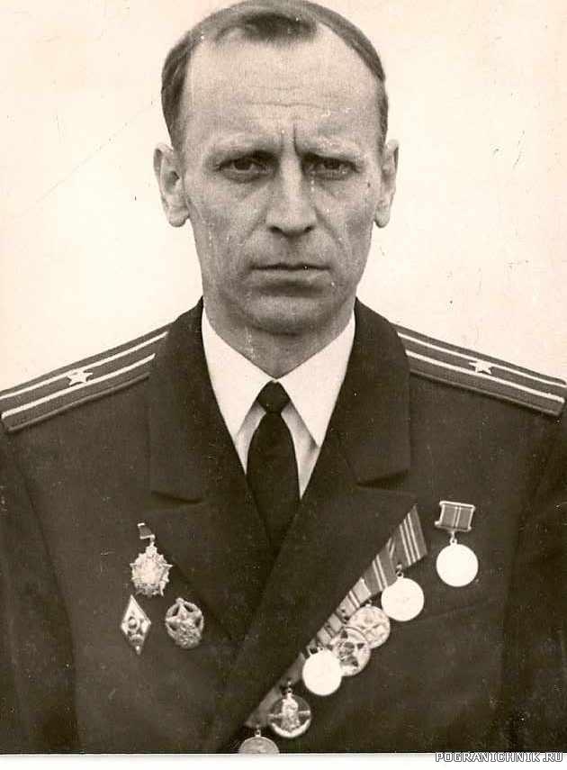 Командир корабля ПСКР 675 Лимонов