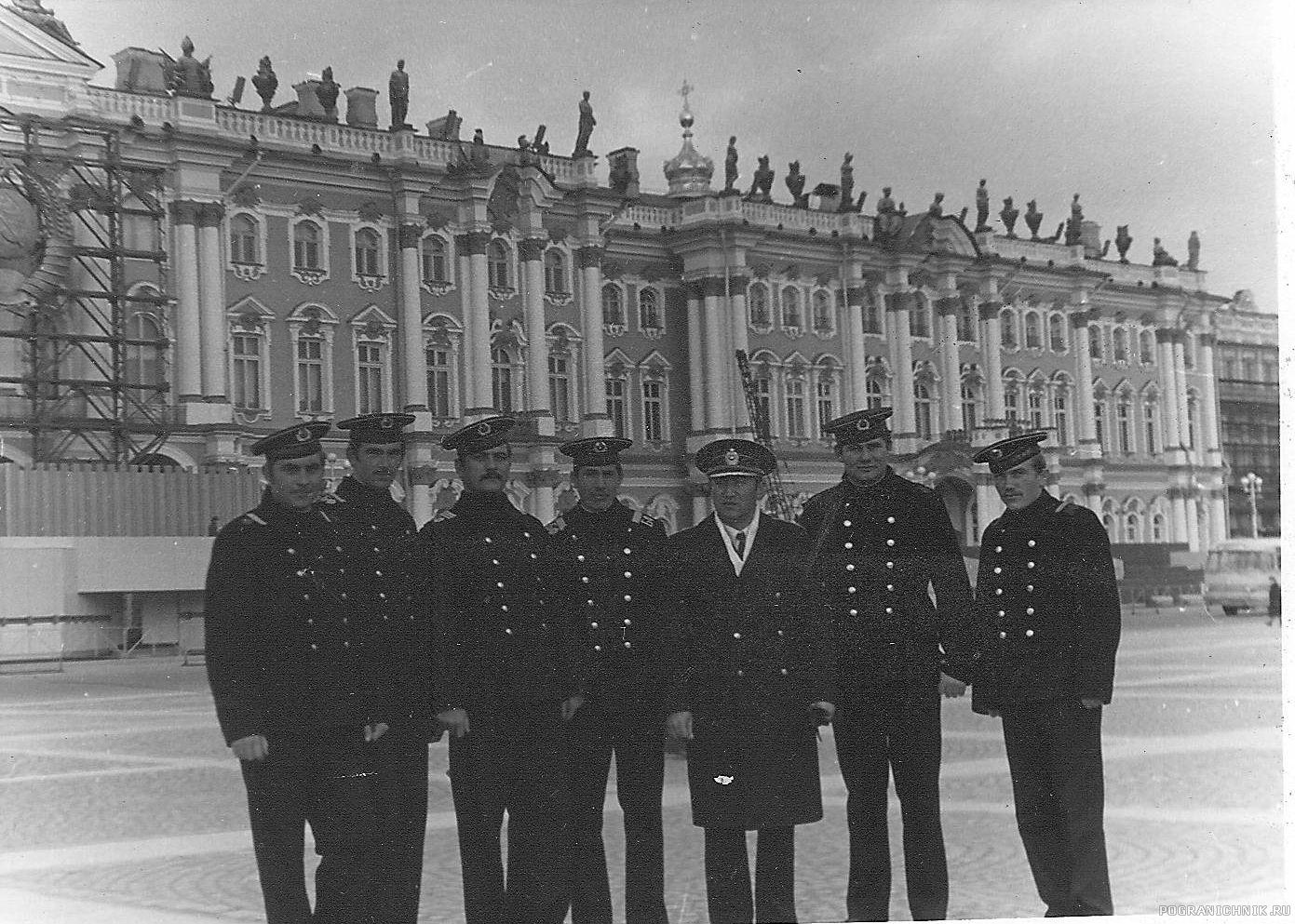 """""""Служба в г. Кронштадт,1977 г.Ленинград, Зимний Дворец"""""""