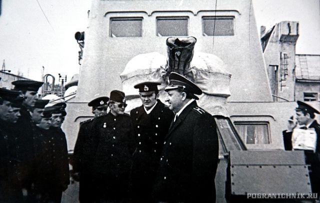 ПСКР-630, Командир Шевцов Л. Г. с офицерами корабля, 1974 г.