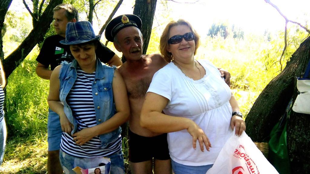 Две Оксаны и Сергей