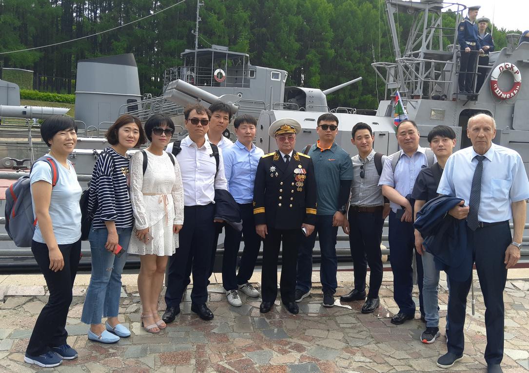 С корейскими коллегами из береговой охраны