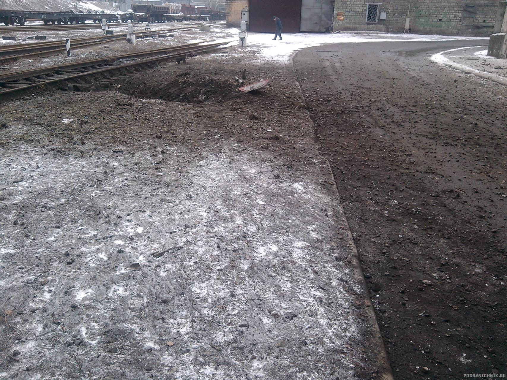 После обстрела ВСУ Донецкого металлургического завода