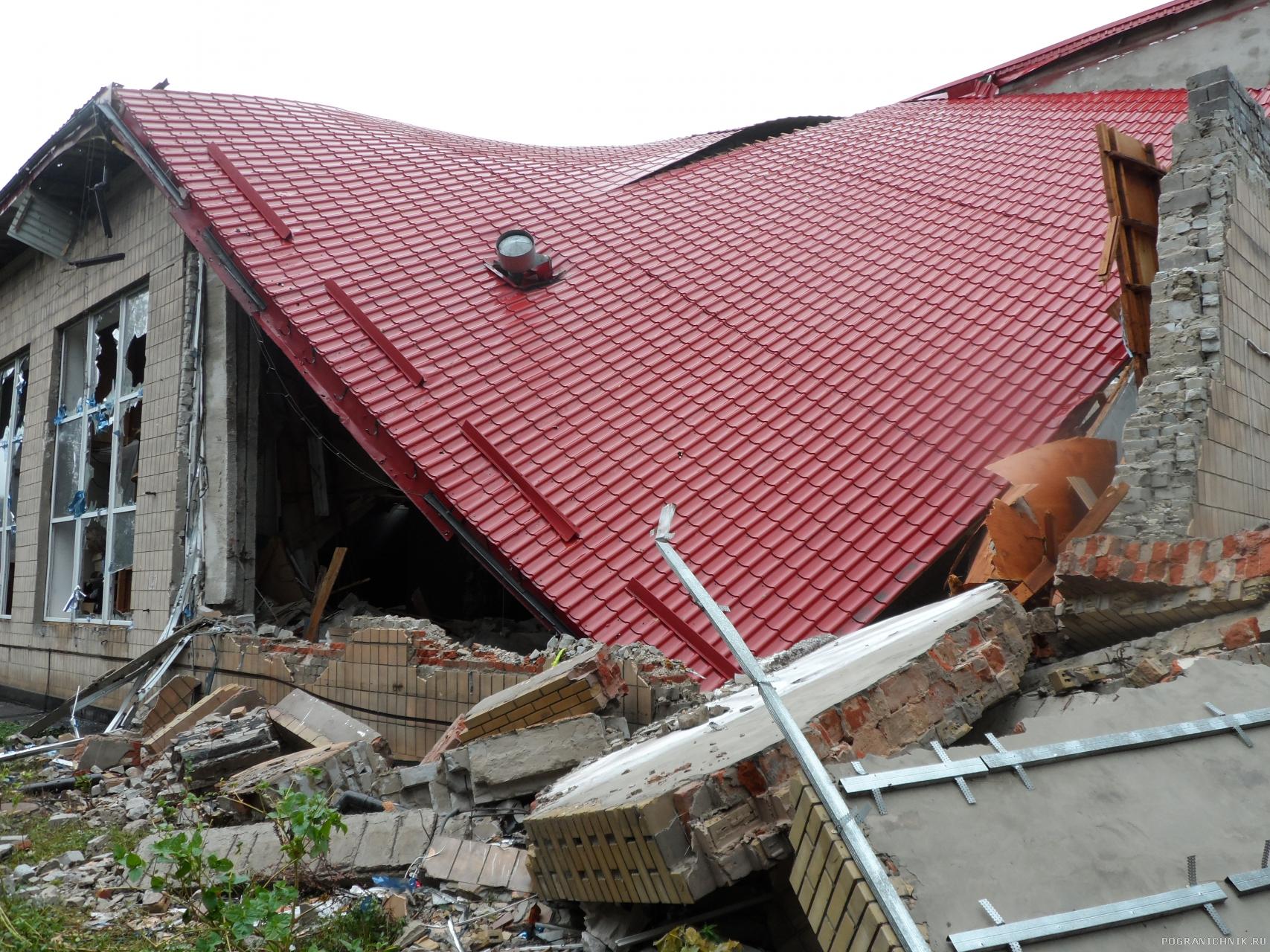 Донецкий краеведческий музей после обстрела украинской армией